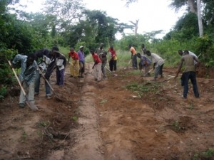 GVER en pleine activité à  Zhina Bunkete (Kasongolunda)
